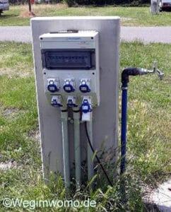 Strom- und Wasserversorgung am Stellplatz in Speyer